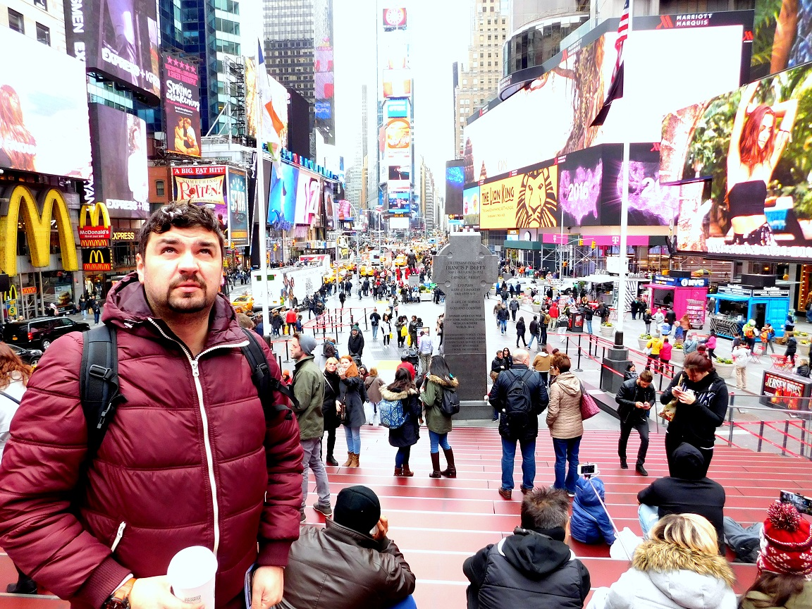 Ovidiu Ionescu în Times Square